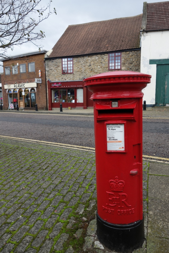 Why can't American mail boxes be as cute as the Royal Mail postboxes. I'm really going to miss that.